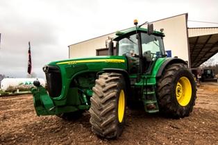 Каталог запчастей на трактор Нью Холланд. Наличие
